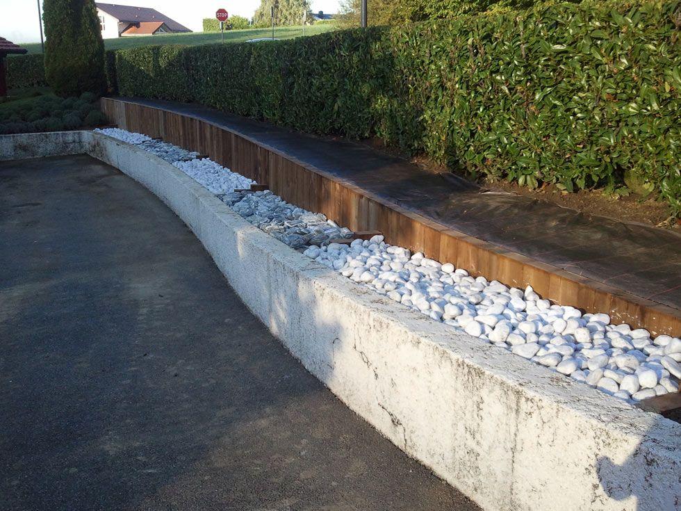 Mur t bois galets d coratifs for Jardins decoratifs