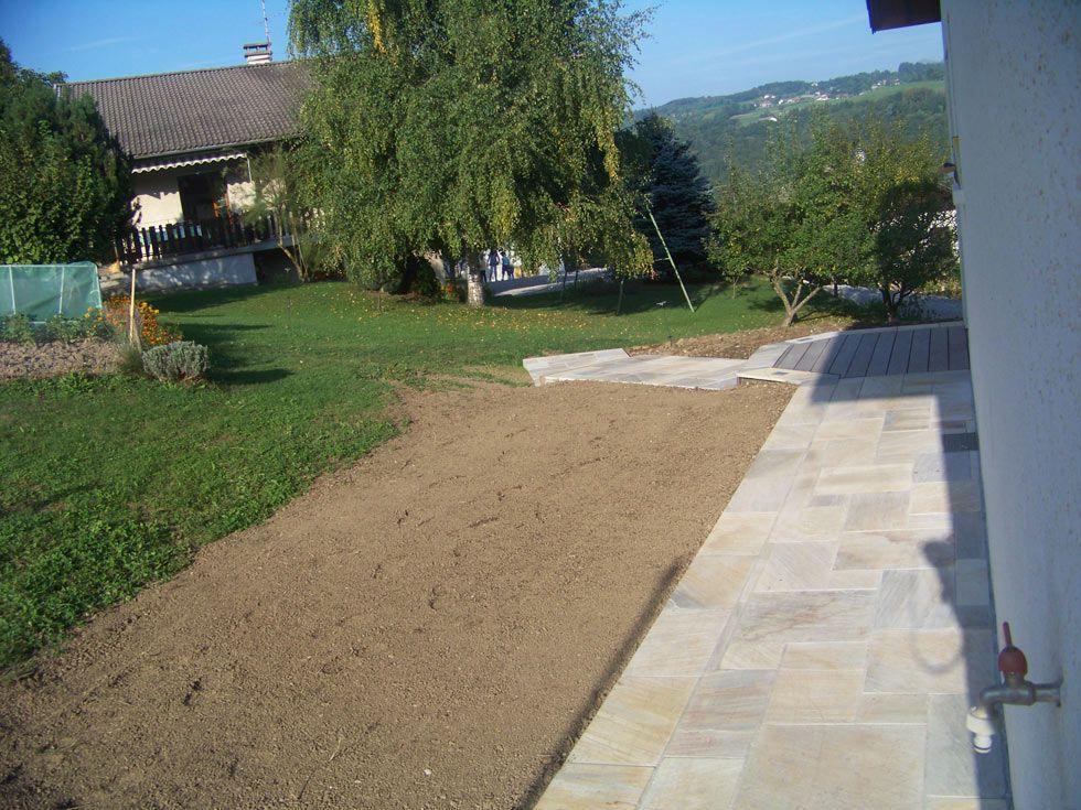Terrasse en pierres naturelles granit gris et caillebotis en ipe 03 terrass - Terrasse bois et pierre naturelle ...