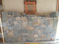 Habillage d'un mur en pierres naturelles