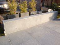 Terrasse en pierres naturelles (Granit gris) + caillebotis en Ipé