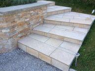 Terrasse + escalier en pierres naturelles (Granit jaune)