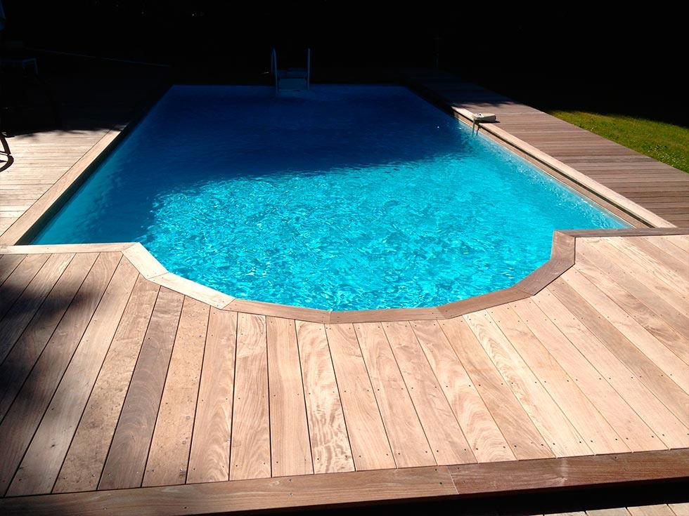 Am nagement piscine bois exotique for Piscine bois exotique