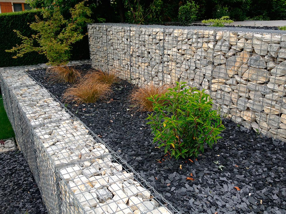 Am nagement d 39 un talus avec mur gabions for Amenagement talus jardin