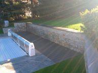 Aménagement piscine (pierre naturelle et bois composite)